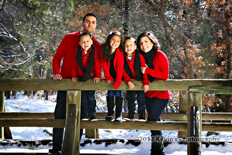 Great Winter Family Portrait Session In The Sandia